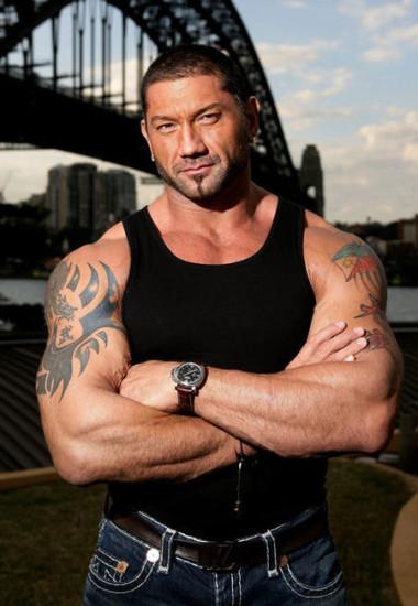 Batista looks Cool In Black Sando
