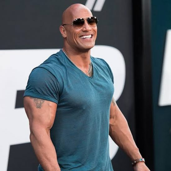 "Dwayne Johnson ""The Rock"" is not dead"" Death news is a hoax"